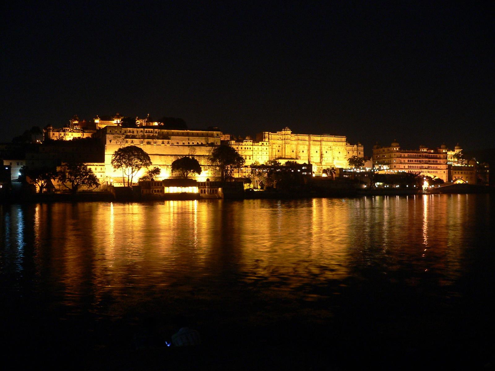 Top Attractions in Udaipur   Travelguru Blog