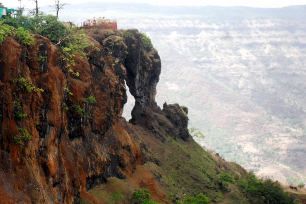 Plan a Weekend Trip to Mahabaleshwar | Travelguru Blog